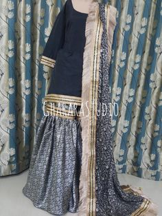 Pakistani Bridal Dresses, Pakistani Outfits, Gharara Designs, Fancy Dress Design, Party Suits, Party Wear Dresses, Indian Designer Wear, Traditional Dresses, Gold Jewellery