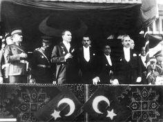 Turkey marks anniversary of Republic Day Republic Of Turkey, Republic Day, Chemise Ralph Lauren, Hollister, The Proclamation, The Turk, Ulsan, Harbin, Great Leaders