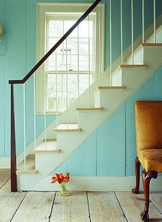 I want to paint my whole house blue....but then I would get really sick of it. Oh blue paint....how I love thee.