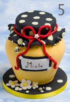Torta pčelica 5 www.pocoloco.rs