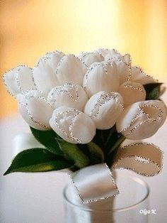 Flowers - Animationen am Telefon Beautiful Flowers Images, Beautiful Gif, Flower Images, Flower Pictures, Beautiful Butterflies, Beautiful Roses, Roses Gif, Flowers Gif, Love Flowers