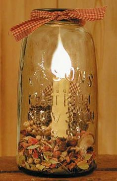 Half Gallon Mason Jar Lamp - the site/url is not good,, but I can use the image Country Furniture, Country Decor, Rustic Decor, Country Style, Prim Decor, Mason Jar Lighting, Mason Jar Lamp, Diy Arts And Crafts, Fun Crafts