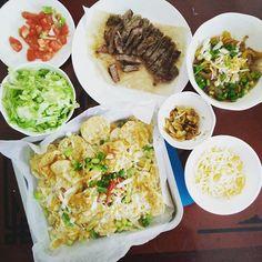 #homemade #fajitas and #nachos #nomnom #toomuchfood #cantwaittodothedishes