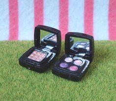 Re-ment (Rement) Japanese Miniature Toys: Department Shopping : Department Store : Cosmetics Make-up Perfume Miniature Crafts, Miniature Dolls, Barbie Doll House, Barbie Dolls, Dollhouse Dolls, Dollhouse Miniatures, Mini Makeup, Rement, Mini Things