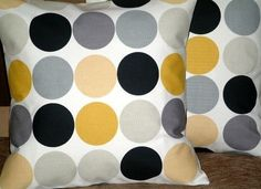 yellow grey white; want this for color scheme for my bathroom