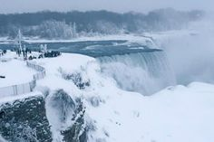 Spectacular Views of Frozen Niagara Falls: The Falls have never completely frozen over.