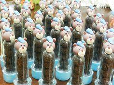 Tubetes decorados em biscuit!  Pedido mínimo 10 unidades.
