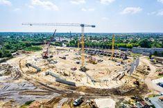 Karácsony leállítja a stadionépítést - féljenek Kispesten? Budapest, Paris Skyline, Sports, Travel, Hs Sports, Viajes, Destinations, Traveling, Trips