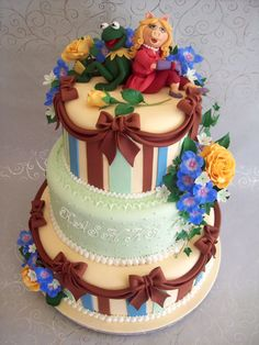Hate the colors, but LOVE the cake design!