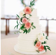 SMP weddings - flowers cake