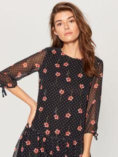 Sukienka mini w kwiaty - wielobarwny - - Mohito - 1 Polka Dot Top, Floral Prints, Lady, Tops, Dresses, Women, Fashion, Vestidos, Moda