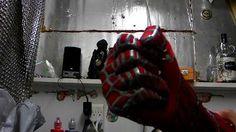 DIY Tutorial DIY Spiderman Costumes / DIY Spiderman replica costume - Sleeves and Gloves - Bead&Cord Diy Costumes, Halloween Costumes, Spiderman Costume, Diy Halloween, Diy Tutorial, Diy And Crafts, Cord, Gloves, Ideas