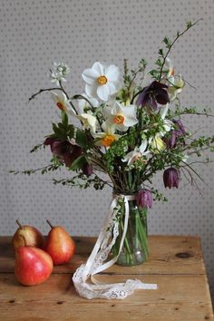 Spring table posy of narcissi, blossom and snake's head fritillary from www.bluepoppyflorist.com