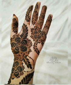 Mehndi Designs Front Hand, Modern Henna Designs, Stylish Mehndi Designs, Latest Bridal Mehndi Designs, Modern Mehndi Designs, Henna Art Designs, Wedding Mehndi Designs, Mehndi Designs For Fingers, Latest Design Of Mehndi