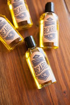 Super easy recipe for making your own beard oil, perfect for groomsmen gifts!