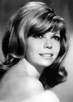 Nancy Sinatra was born on June to Frank Sinatra and his first wife, Nancy. Sinatra's father was a famous singer and entertainer, and part of the Nancy Sinatra, Famous Singers, Pop Singers, Female Singers, Marylin Monroe, Classic Singers, Sammy Davis Jr, Star Magazine, American Legend