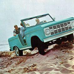 1975 Ford Bronco Roadster Replica