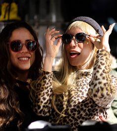 Designs and produces optical frames and sunglasses in New York. Round Sunglasses, Sunglasses Women, Optical Frames, Eyewear, Design, Fashion, Art Director, Venice, Fotografia