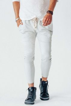 The Crow Collective Journey Pant is a laid back lounge pant with a drop crotch design. Ultra soft and luxurious this pant is perfect for those lazy days and long weekends. Cute Things For Girls, Jogger Sweatpants, Gym Style, Drop Crotch, Lounge Pants, Crop Tank, Workout Wear, Workout Leggings, Leggings Fashion