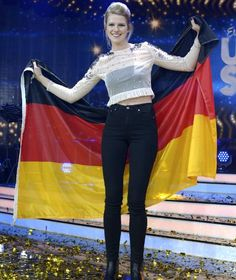 """Levina gewinnt den deutschen ESC-Vorentscheid für Kiew 2017 mit """"Perfect Life""""."""