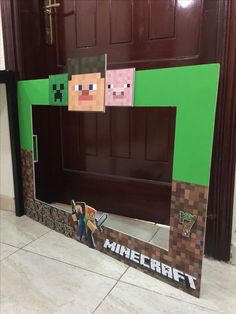 Minecraft Sport - Play Beyond the imagenation Birthday Photo Frame, Birthday Photo Booths, Birthday Photos, Birthday Fun, Birthday Party Themes, Minecraft Birthday Decorations, Minecraft Birthday Cake, Minecraft Crafts, Lego Minecraft