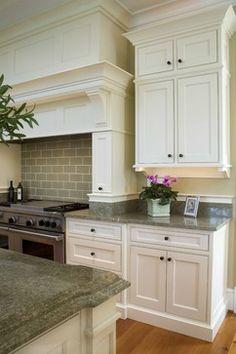 Costa Esmeralda Granite Design Ideas, Pictures, Remodel, and Decor – page 5 - Modern Rustic Kitchen Cabinets, Kitchen Cabinet Styles, Farmhouse Style Kitchen, Green Granite Kitchen, Green Granite Countertops, Granite Slab, Bathroom Countertops, Kitchen Counters, Kitchen Fixtures