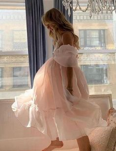 Carrie Bradshaw, Pretty Dresses, Ballet Flats, Homecoming, Ball Gowns, Tulle, Aesthetics, Mini Skirts, Girly