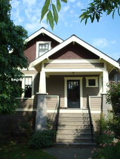 Craftman Bungalow, Vancouver, Craftman, Home Architectural Style, Architecture, Antique Home, Heritage Home, Vancouver Heritage Foundation, Kristine Krynitzki, Vancouver Realtor, Canada