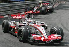 2007 McLaren MP2/22 - Mercedes (Fernando Alonso & Lewis Hamilton)