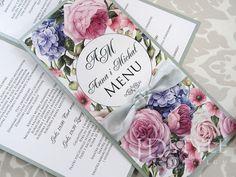 Karty menu na stoliki weselne w stylistyce kwiatowej z piwoniami, hortensjami, różami.