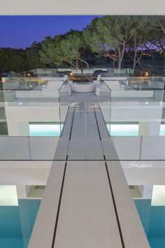 Architecture Jutta Hoehn - Quinta do Lago Golf Leste 19 Algarve, Dining Table, Golf, Architecture, Furniture, Home Decor, Arquitetura, Decoration Home, Room Decor