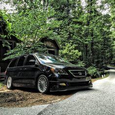 Honda Odyssey Touring #honda #odyssey #vankulture Honda Odyssey Touring, Chrysler Pacifica, Traveling, Vans, Trucks, Vehicles, Life, Ideas, Cars