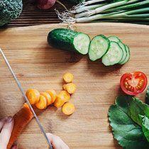 7 tips: 10 kilo afvallen in 5 weken (zonder sporten) Diabetic Recipes, Low Carb Recipes, Healthy Recipes, Get Healthy, Healthy Life, Health Diet, Health Fitness, Food Facts, Keto Meal Plan