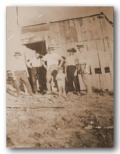 Τα πρώτα παραπήγματα προσφύγων στο Βύρωνα. (1923) Painting, Art, Art Background, Painting Art, Kunst, Paintings, Performing Arts, Painted Canvas, Drawings