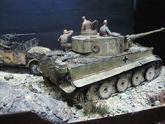 Tiger I Scale Model Diorama Winter Camo, Afrika Korps, Tiger Tank, Model Hobbies, Model Tanks, Military Modelling, Ww2 Tanks, Tiny World, Military Diorama