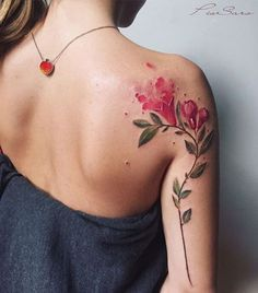 The trend of watercolor tattoos has gained substantial popularity over last few years. The major distinction between such tattoos ideas will be the vibrant look and a unique style. There is a huge diversity among different watercolor tattoos designs. Foot Tattoos, Body Art Tattoos, New Tattoos, Small Tattoos, Girl Tattoos, Sleeve Tattoos, Tatoos, Trendy Tattoos, Cute Tattoos