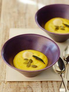 Recipe : かぼちゃの甘酒しるこ/かぼちゃの素朴な甘みと甘酒のまろやかさが溶けあって、ほっこり幸せになれるおしるこ。