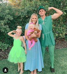 Cole, Savannah, Everleigh and Posie Peter Pan Halloween Costumes, Peter Pan Costumes, Cute Costumes, Couple Halloween, Halloween 2019, Halloween Outfits, Happy Halloween, Costume Ideas, Halloween Party