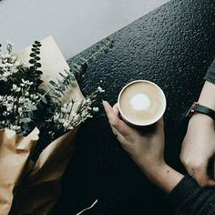 """#onSundaysWeWish cafeïna i d'ençà que m'han tret el punt @starbucksbucks_es de Pelai se m'ha acabat """"premiar-me"""" els divendres per les setmanes dures petites victòries o simplement perquè m'ho mereixo ... Ains    by @starbucks"""