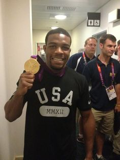 Jordan Burroughs finally gets gold in wrestling!!(: <3