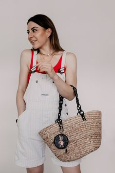 Bag goes Bambus à la Cult Gaia: Das sind die Taschen-Trends im Sommer 2019 - Casual Chic Outfits, Fashion Weeks, Gaia, Mode Blog, German Fashion, Basket Bag, Look Alike, Straw Bag, Outfit Of The Day