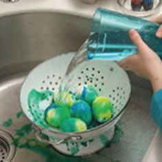 tie-dye-easter-eggs-craft-step5-photo-150-FF0406EFFA06