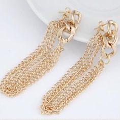 Golden Earrings Beautiful and new! Jewelry Earrings