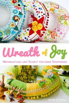 Nähanleitung für einen Stoffkranz in zwei Größen Stoffkranz JOY bereitet Freude zu jeder Jahreszeit! Üppig mit Jojos, Häkel- oder Filzblumen und bunten Blättern und Knöpfen versehen, ziert der fröhliche Stoffkranz dekorativ dein... Easter Colouring, How To Make Wreaths, Softies, Bunt, Joy, Cool Stuff, Sewing, Color, Pillows