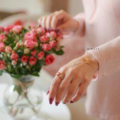 Best Valentine's Day Gifts, Bangles, Bracelets, Valentine Day Gifts, Wedding Rings, Engagement Rings, Jewelry, Photography, Fashion