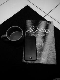 La Tahzan mean don't be sad. Interesting book for soul