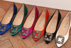 Just in: Manolo Blahnik to open first store in Malaysia by late 2016 Pump Shoes, Shoe Boots, Pumps, Shoes Sandals, Manolo Blahnik Hangisi, Pretty Shoes, Fashion Heels, Sergio Rossi, Luxury Shoes