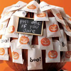 Halloween Decor: Self-Serve Halloween Favors