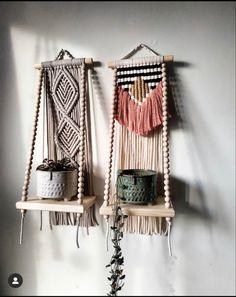 Macrame Plant Hanger Patterns, Macrame Wall Hanging Patterns, Macrame Plant Hangers, Macrame Patterns, Macrame Design, Macrame Art, Macrame Projects, Macrame Jewelry, Boho Diy