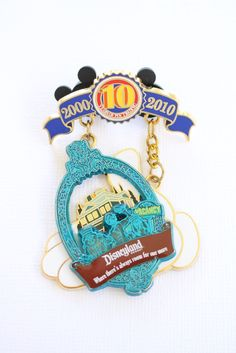 Haunted Mansion Tribute – Everything Disney Pins